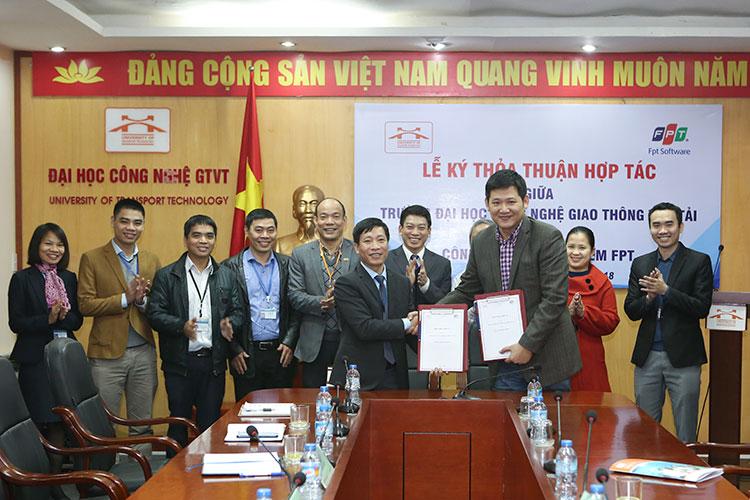 Lễ ký thỏa thuận hợp tác với Công ty TNHH Phần mềm FPT - FSOFT