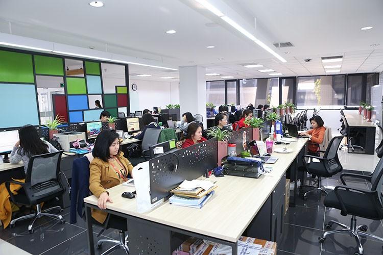 Sinh viên Khoa CNTT đến thăm quan, học hỏi tại CTCP Phần mềm FPT Software